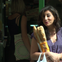 Boulangeries in Paris (VIDEO)