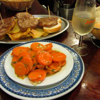 Delicious Tapas in Triana, Sevilla (VIDEO)